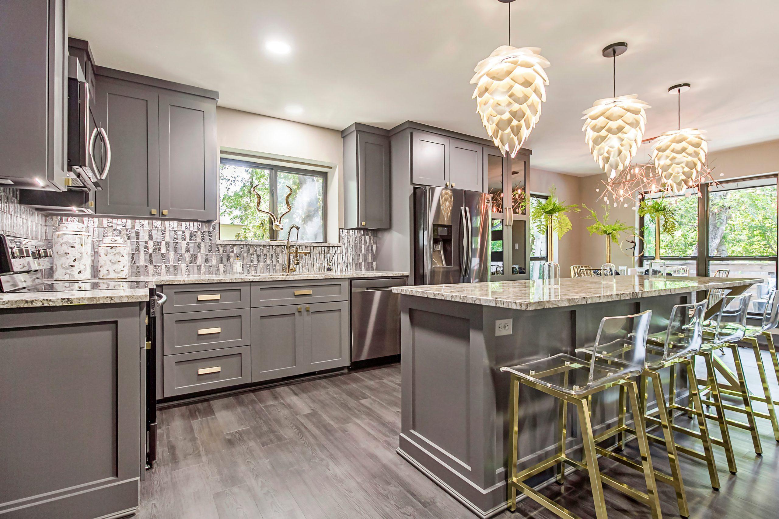Kitchen Cabinets Modern